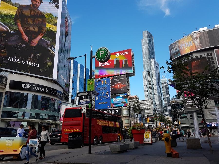 Toronto sieht sich als die zweitwichtigste Stadt Nordamerikas - nach New York. Geschichten aus dieser Stadt, selbst erlebt und radikal subjektiv, erzählt der Toronto-Blog.