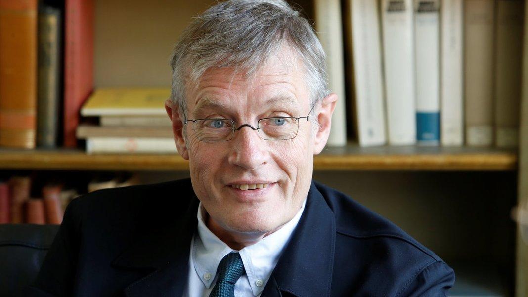 """Werner Plumpe, 65, lehrt Wirtschaftsgeschichte an der Goethe-Universität Frankfurt/Main. Sein letzes Buch """"Kapitalismus: Das kalte Herz"""" erschien 2019."""